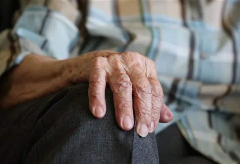 Көкшетауда ұлы 81 жастағы әкесін аяусыз сабаған