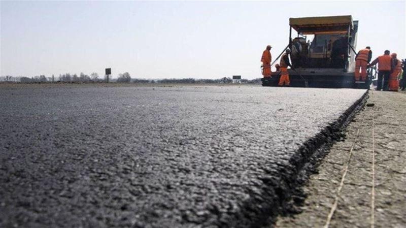 Токаев поручил привести в порядок 95% дорог в стране