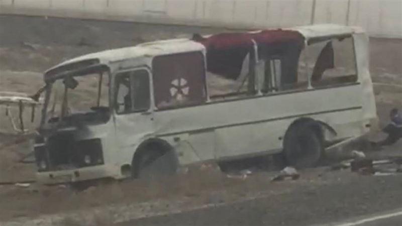 Восемь человек пострадали в результате ДТП с автобусом и КамАЗом