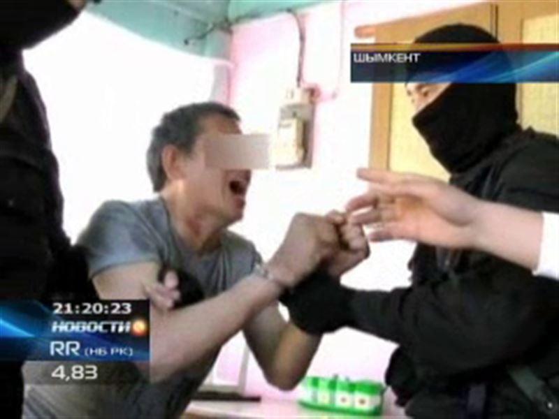 Шымкентский наркоторговец во время задержания бился головой об стены