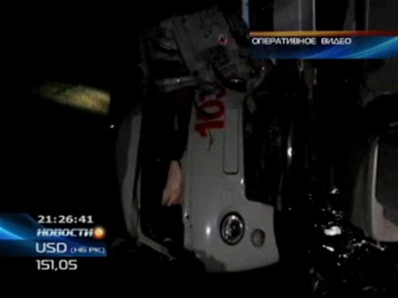 В Павлодарской области фура протаранила машину скорой помощи