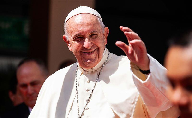 С Пасхой поздравил православных папа Римский