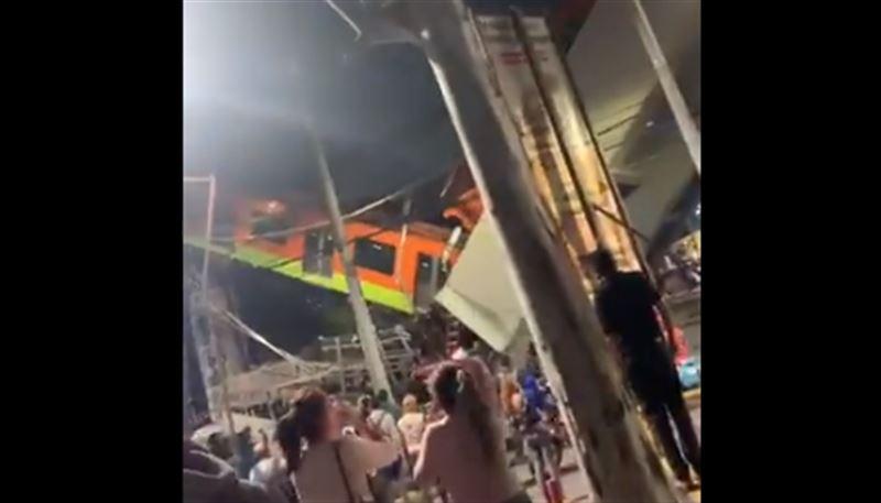 Метромост обрушился вместе с поездом в Мехико