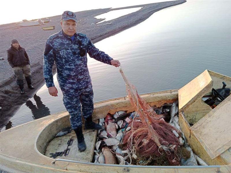 Порядка 850 кг рыбы выловили браконьеры в Алматинской области