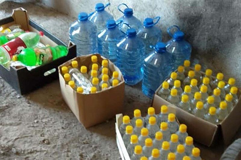 На севере Казахстана изъяли 100 литров незаконного алкогля