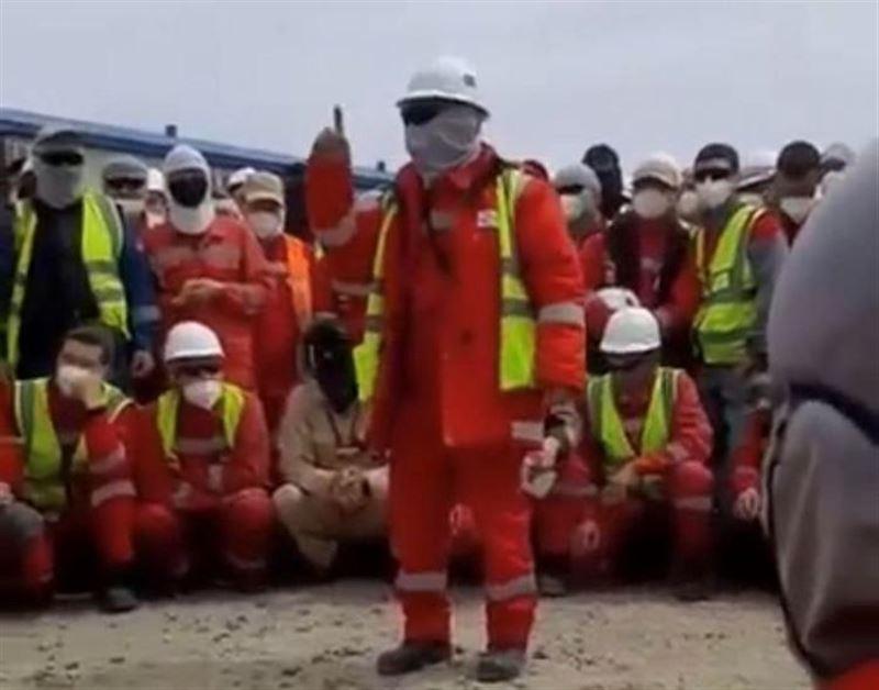 Теңізде жұмысшылар ереуілге шықты