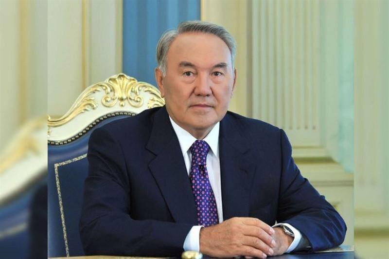 Нұрсұлтан Назарбаев Жеңіс күнімен құттықтады
