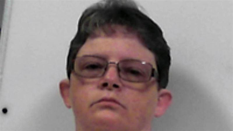 Медсестру приговорили к семи пожизненным заключениям
