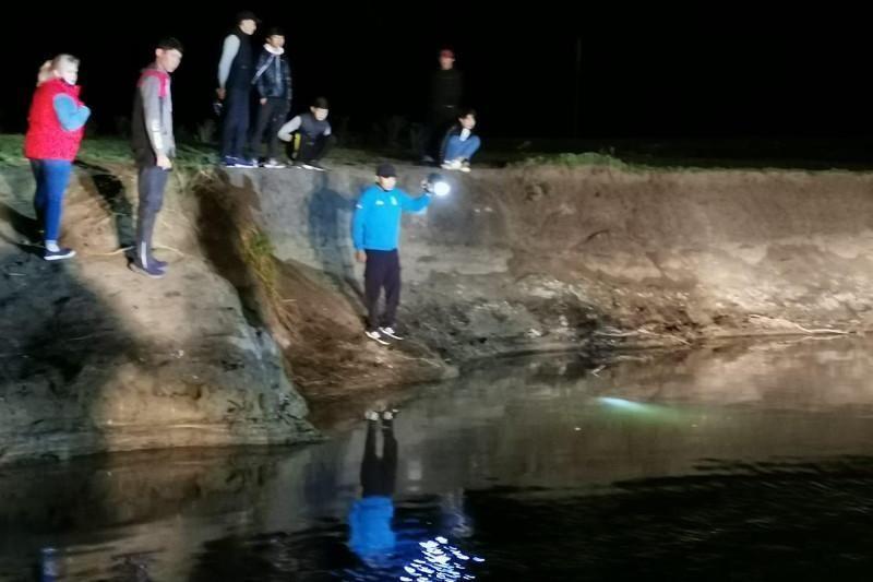 Двое малышей утонули в реке в Актобе