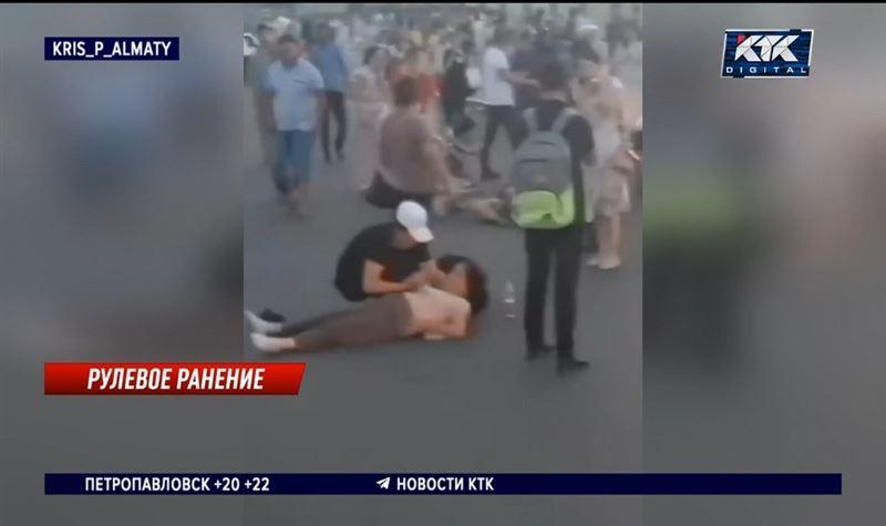 Пьяный водитель сбил трех человек, голосовавших у дороги