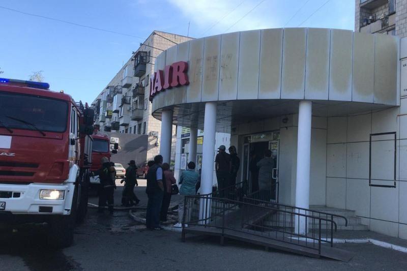 Павлодарда дүкен өртеніп, 47 адам эвакуацияланды