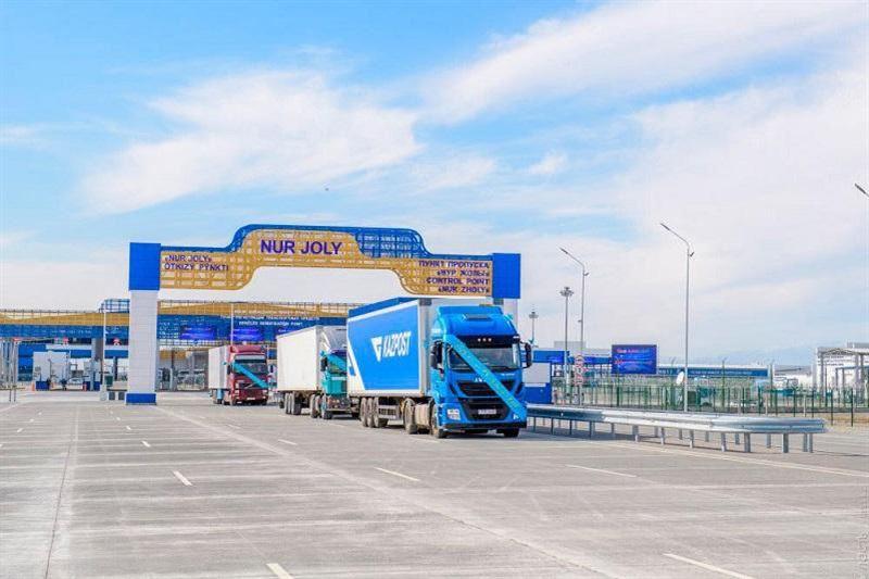Временно будут закрыты пункты пропуска на казахстанско-китайской границе