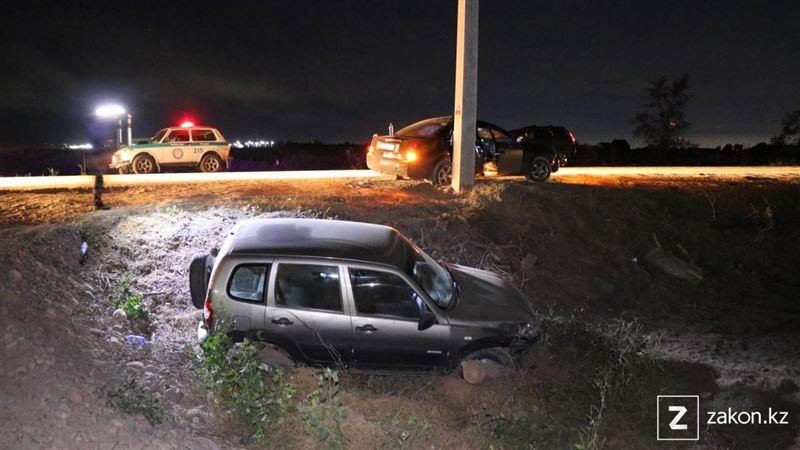 Пассажир стал жертвой аварии на трассе в Алматинской области