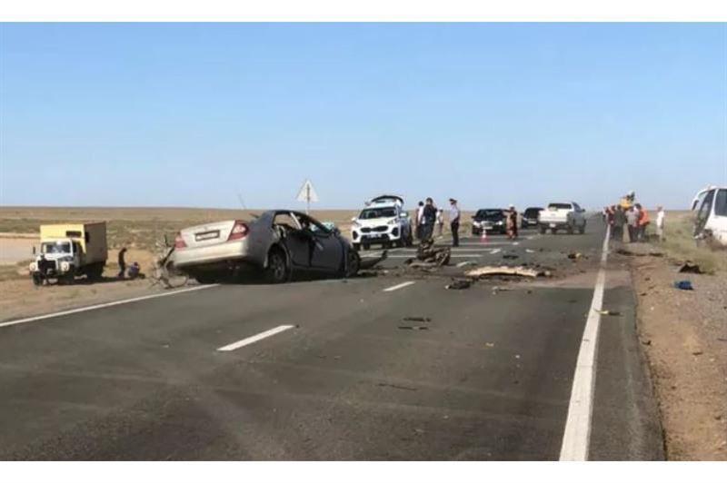 Атырау облысында жол апатынан 3 адам қаза тапты