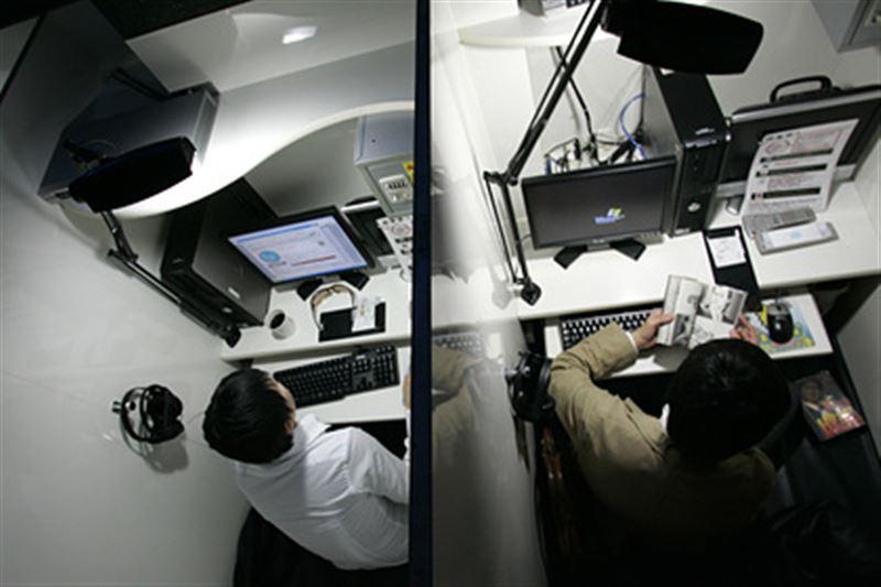 Мужчина захватил заложницу в интернет-кафе и уснул перед самым штурмом