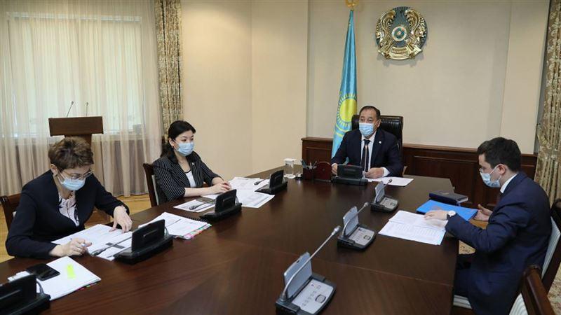 Ужесточить карантин советуют в Казахстане