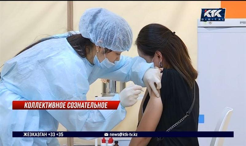 Обязательной вакцинации подлежат коллективы, где свыше 20 человек