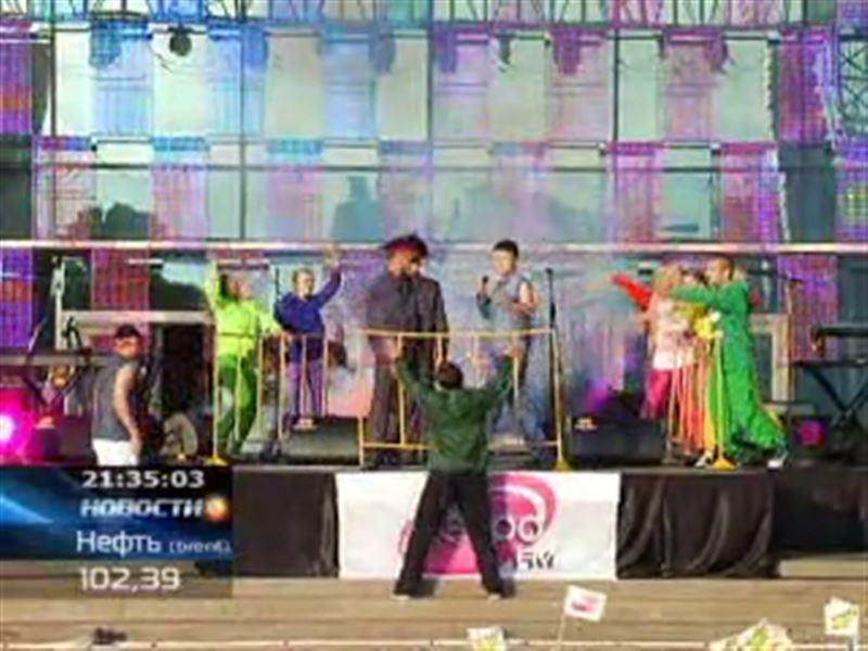 Радиостанция «Ретро FM Казахстан» собрала одноклассников
