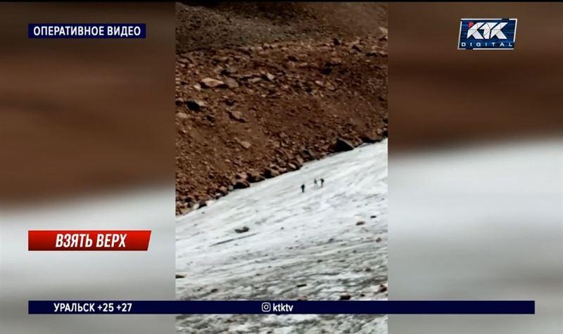 В горах близ Алматы нашли пропавшего туриста