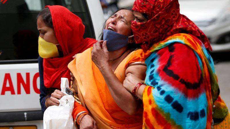 Индию заподозрили в занижении в 10 раз числа умерших от COVID-19