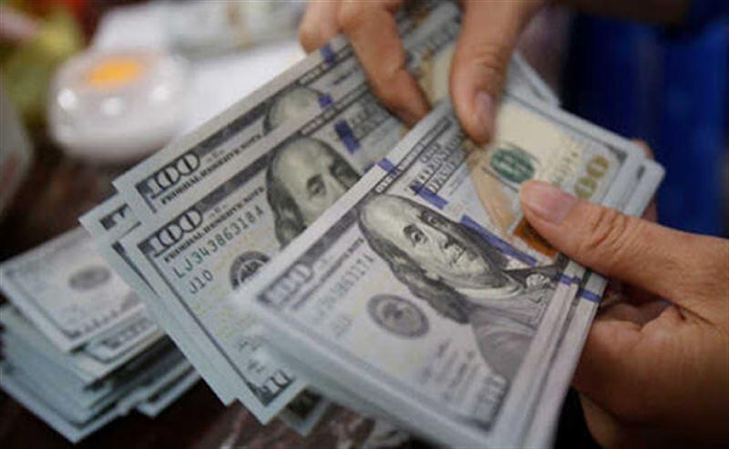 В Алматинской области в получении взятки в 33,5 тысячи долларов подозревают чиновника