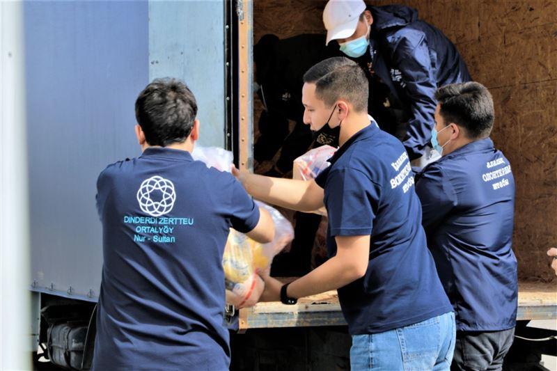 Раздача жертвенного мяса нуждающимся продолжается в Нур-Султане