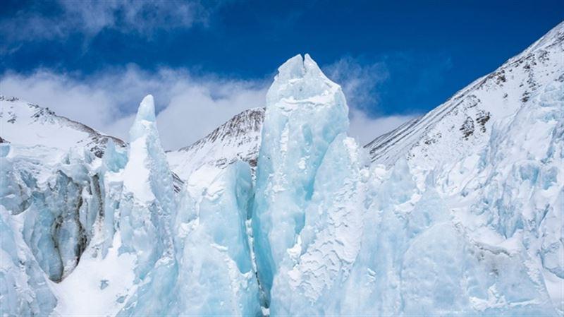Исследователи нашли в древнем льду неизвестные науке вирусы