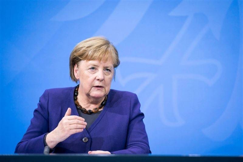 Меркель заявила об опасной ситуации с коронавирусом в Германии