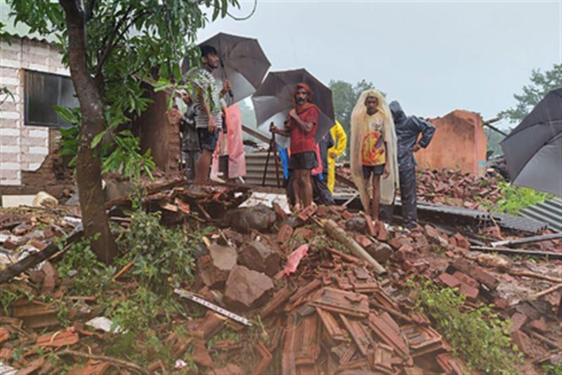 Десятки человек стали жертвами оползня в Индии