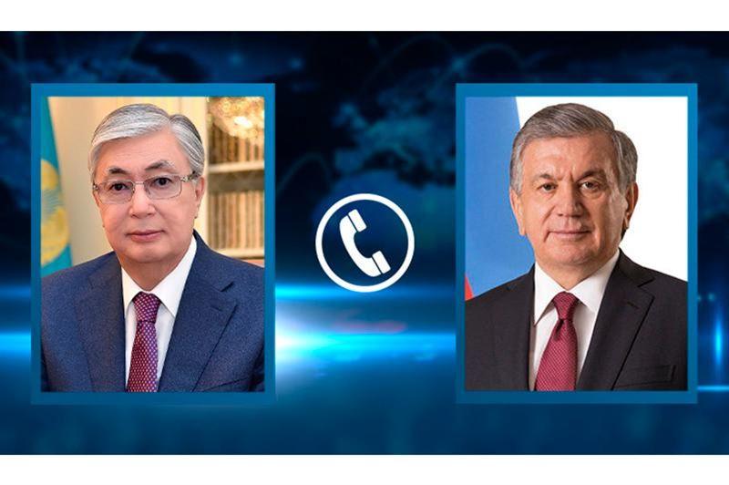 Состоялся телефонный разговор президента Казахстанас президентом Узбекистана