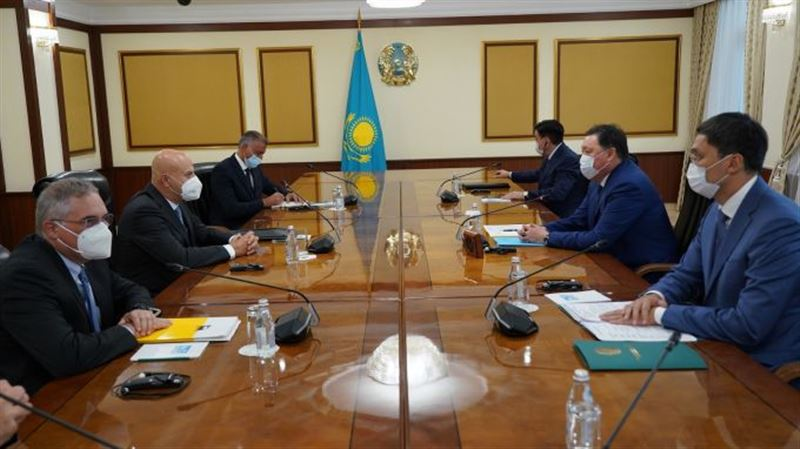 Другие источники энергии планируют развивать в Казахстане