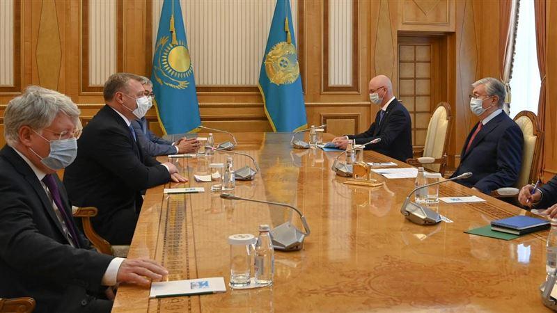 Касым-Жомарт Токаев принял губернатора Астраханской области