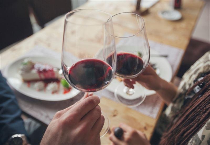 Ученые назвали полезную для сердца дозу алкоголя