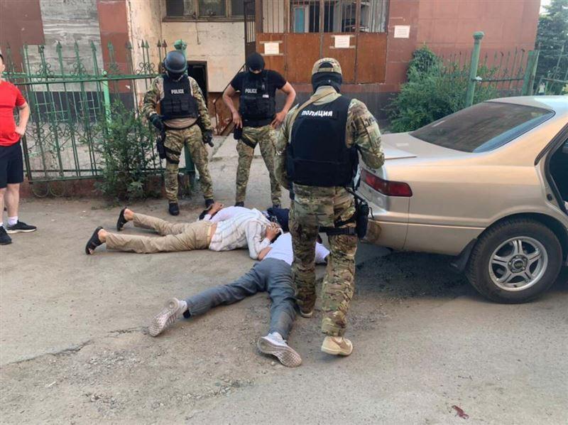 Группу квартирных воров задержали в Алматы