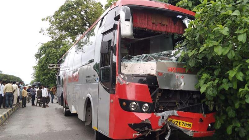 В Индии 18 человек погибли под колесами грузовика