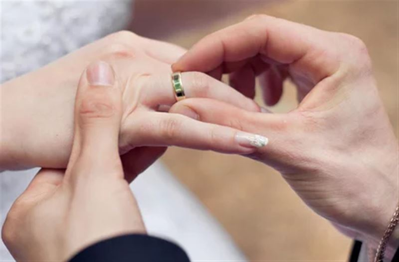 Граждане России могут жениться дома и в больницах