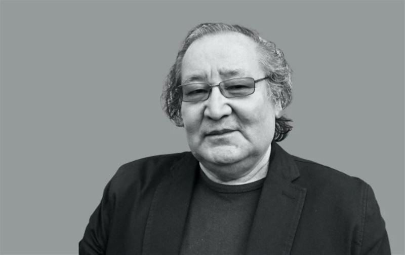 Скончался известный казахстанский режиссер Булат Атабаев