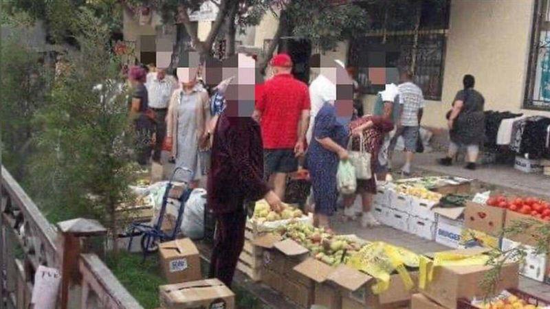 Около 300 человек торговало в неустановленных местах в Шымкенте
