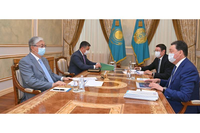 Қасым-Жомарт Тоқаев Премьер-Министр мен «Самұрық-Қазына» төрағасын қабылдады