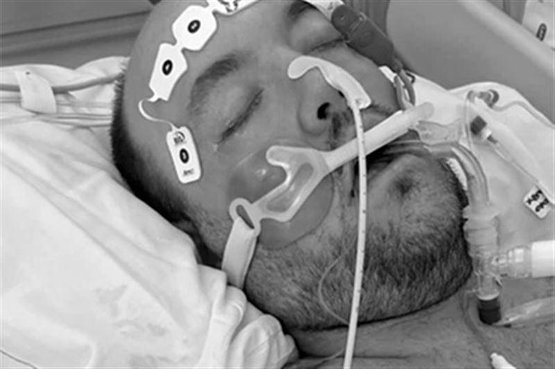 Многодетный отец скончался от коронавируса после отложенной вакцинации