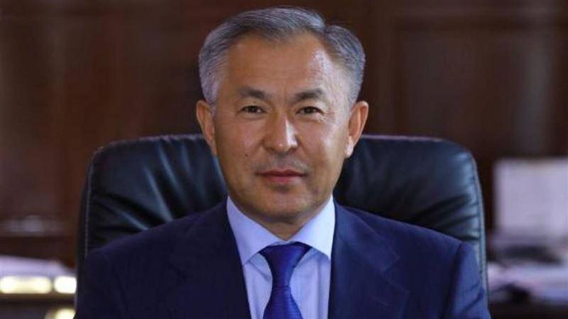 После выговора президента Сапарбаев уволил чиновника