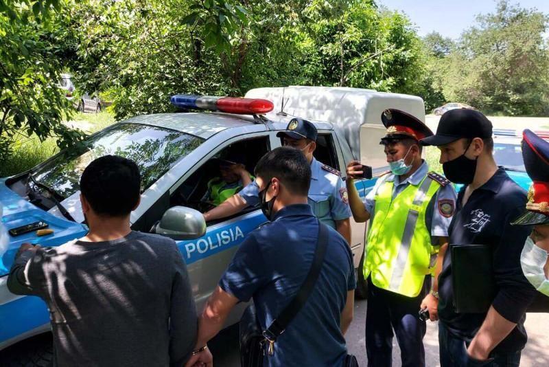 Свыше полукилограмма наркотика «скорость» изъяли у закладчика в Алматы