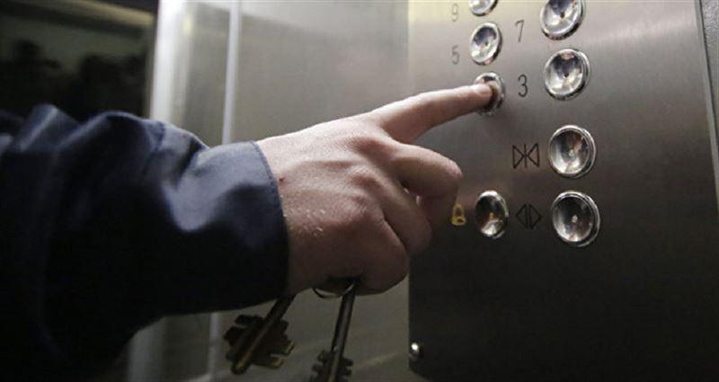 Атырауда лифт құлап, бір адам мерт болды