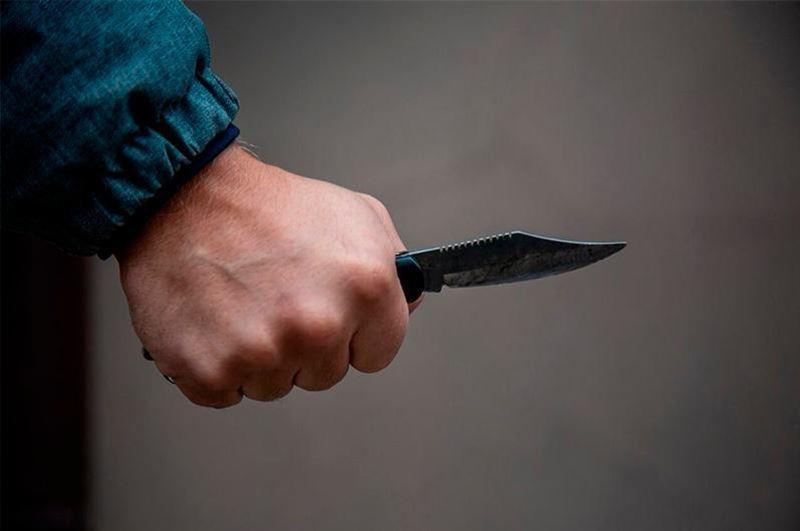 Ақтөбе облысында жасөспірім 16 жастағы балаға пышақ салды