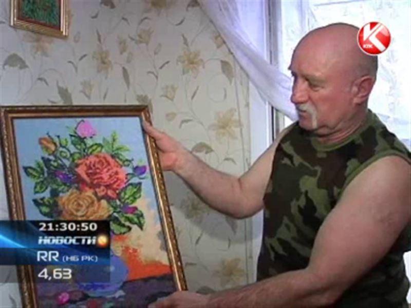 В Петропавловске бывший пожарный неожиданно увлекся бисероплетением