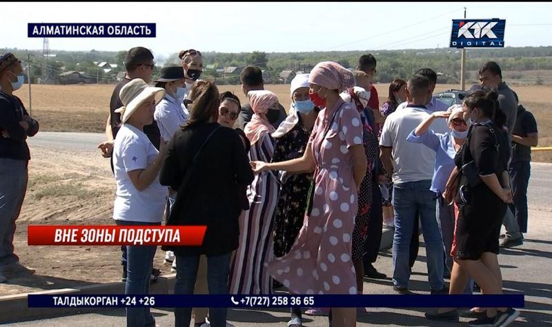 Учитель насмерть сбил мальчика возле школы в Алматинской области