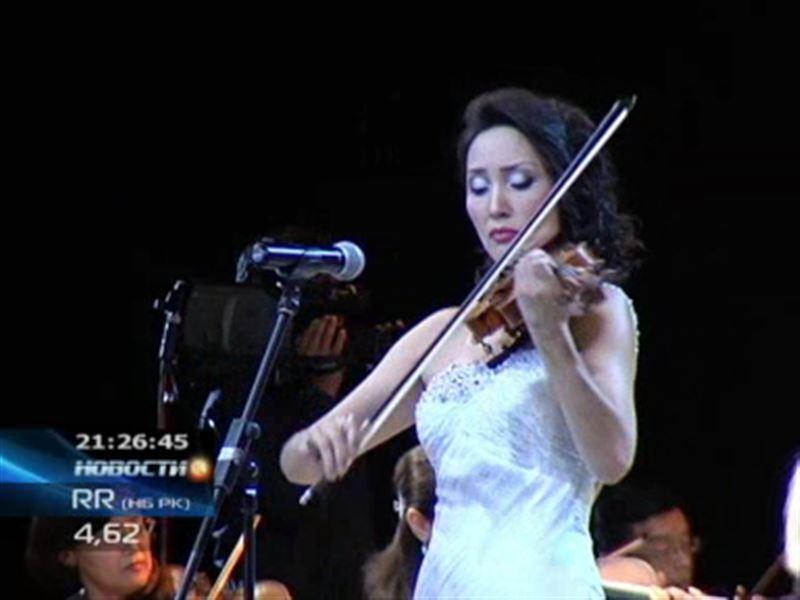 В Алматы артисты подарили любителям классики настоящий праздник