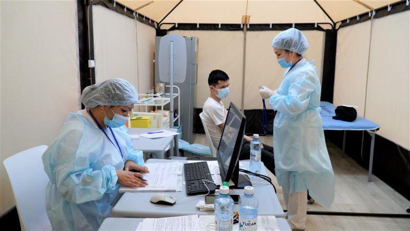 В Казахстане более 6 миллионов человек получило оба компонента вакцины от КВИ
