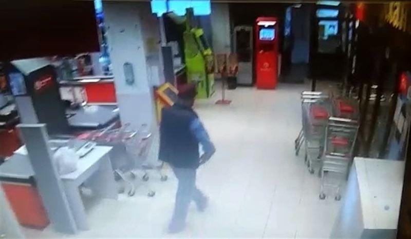 Серийный вор-мошенник совершил кражу в гипермаркете «КеңMart»