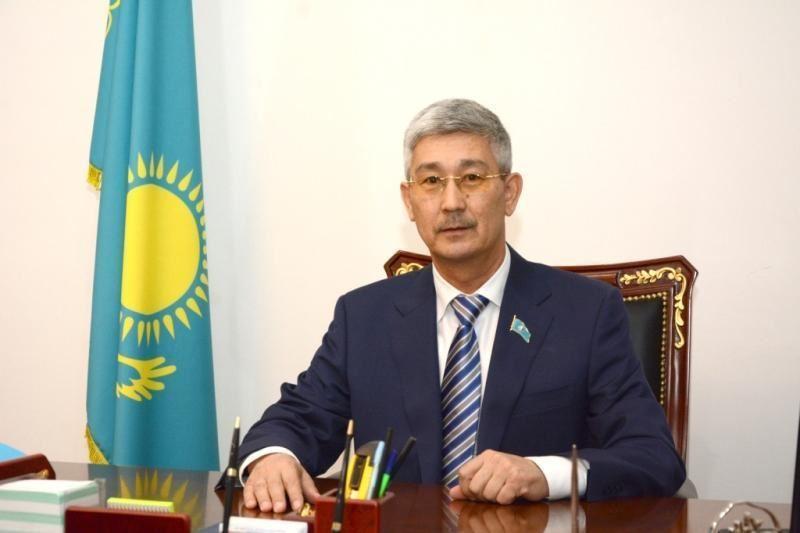 Серікбай Трұмов Сенат депутаты ретінде ант берді